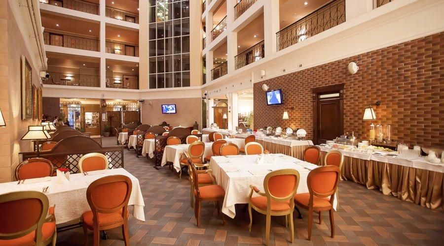 ресторан Хофбург Калининград11