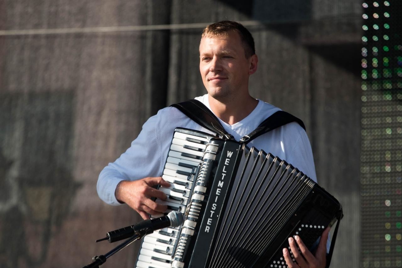 Алексей Згама аккордеонист в Калининграде9